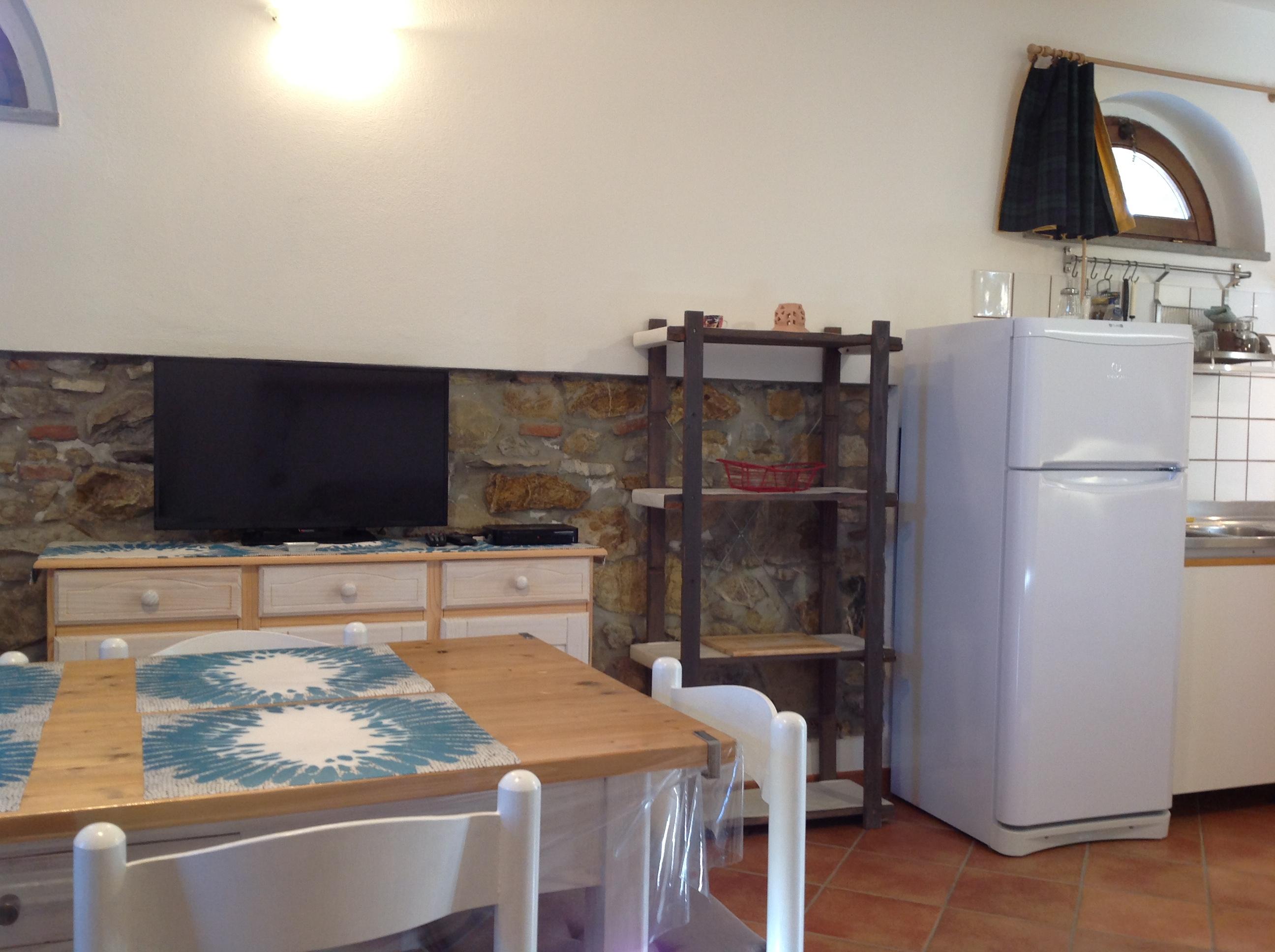 Monolocale con divano letto casa vacanze valdicciola - Divano letto per monolocale ...